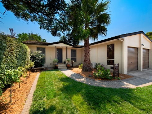 8 Carss Place Charnwood, ACT 2615