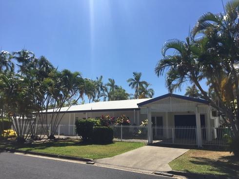 10 Thais Street Palm Cove, QLD 4879