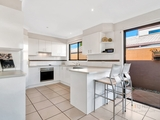 19 Matthew Flinders Drive Hollywell, QLD 4216