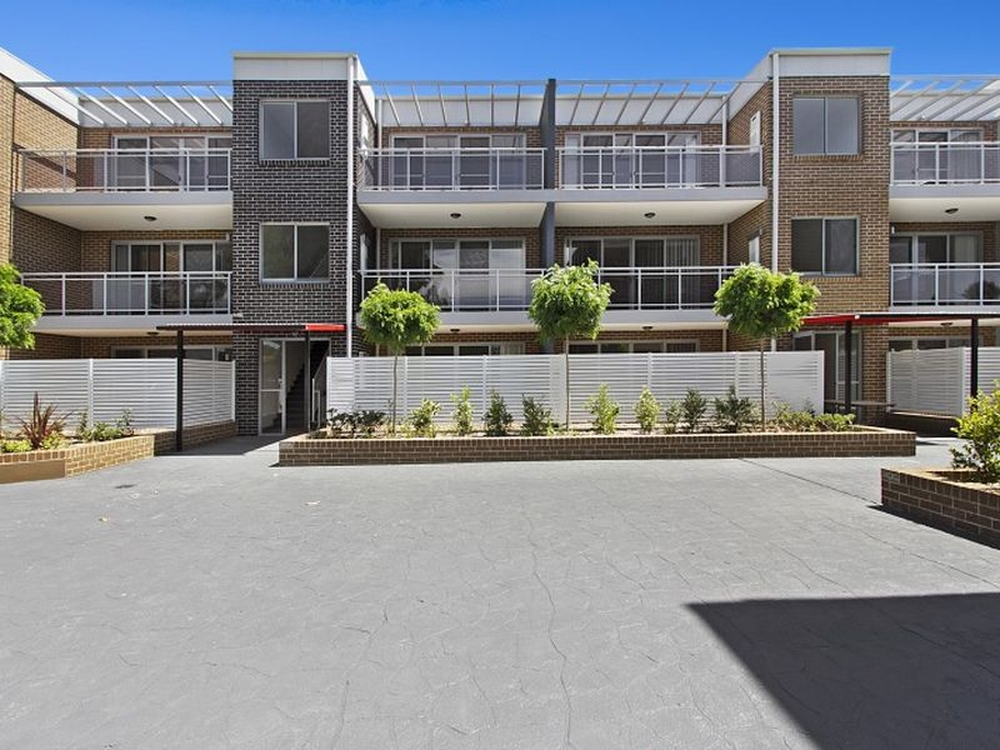 Unit 20/49-53 Wentworth Avenue Wentworthville, NSW 2145
