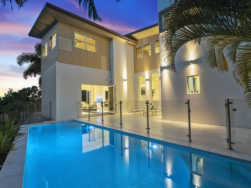 15 Village High Crescent Coomera Waters, QLD 4209