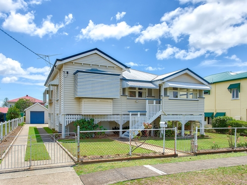 6 Seventh Avenue Kedron, QLD 4031