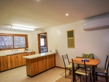 Unit 4/57 Brock St Young, NSW 2594