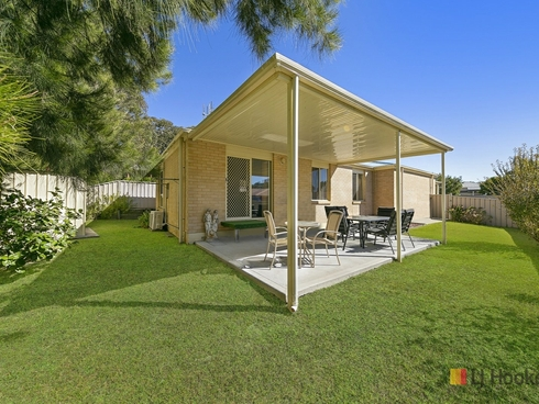20 Woodbridge Crescent Lake Munmorah, NSW 2259