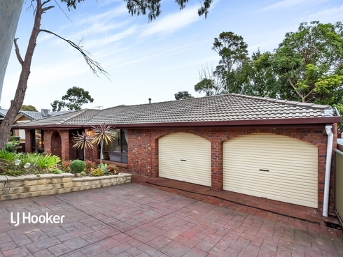 15 Gaylard Crescent Redwood Park, SA 5097