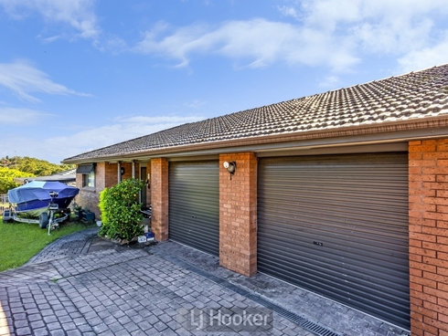 8 Kestrel Avenue Mount Hutton, NSW 2290