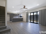 2/8 Meredith Street Redcliffe, QLD 4020