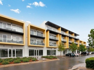 32/10 Light Common Mawson Lakes , SA, 5095