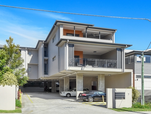 4/7 Sadlier Street Kedron, QLD 4031