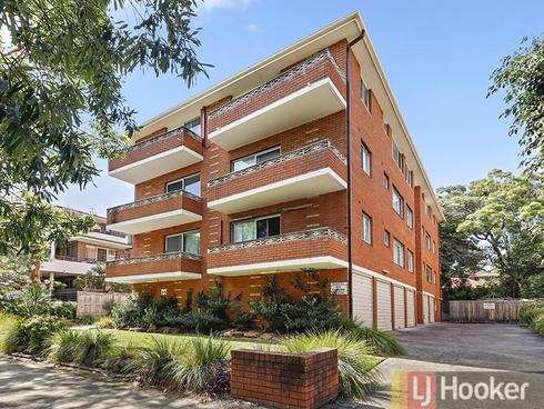 8/45 Station Street Mortdale, NSW 2223