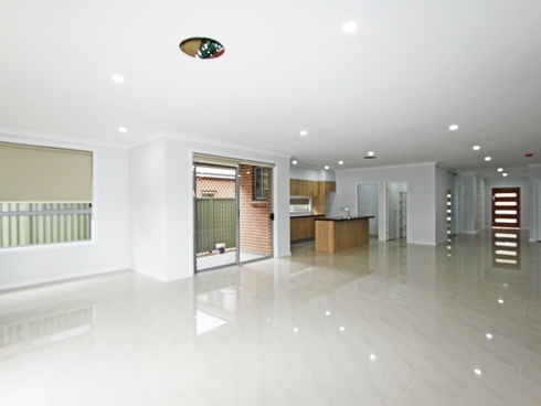 32 Mulgoa Road Regentville, NSW 2745