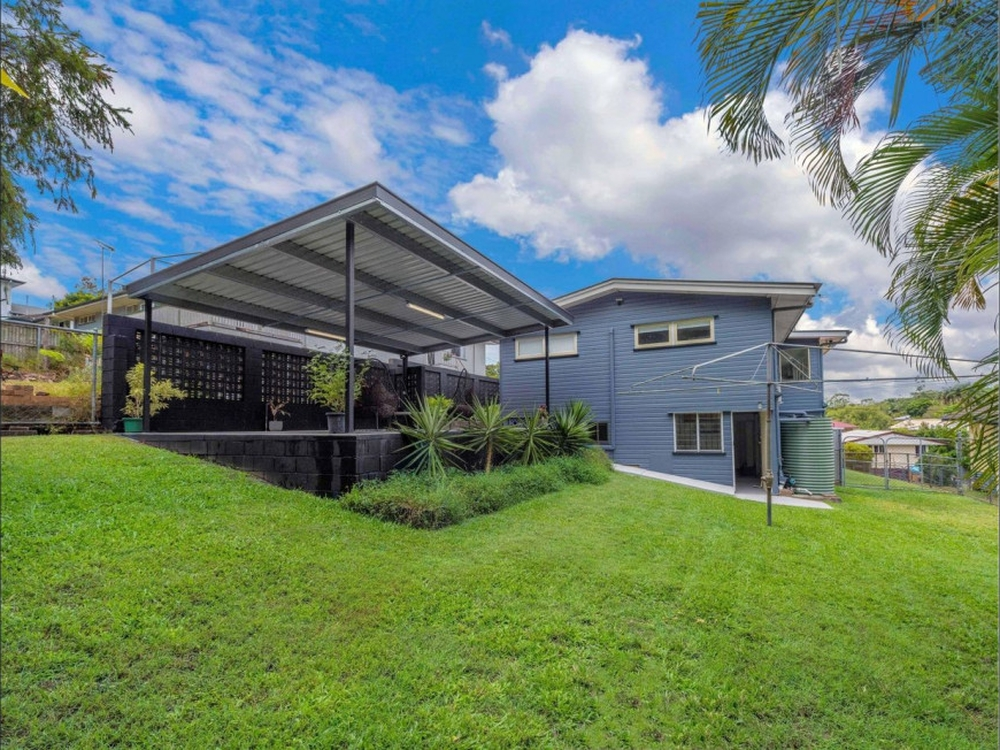 16 Kendale Street Stafford Heights, QLD 4053