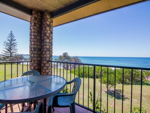 43 Ocean Road Brooms Head, NSW 2463
