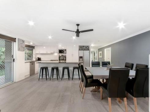 24 Silver Dawn Crescent Oxenford, QLD 4210