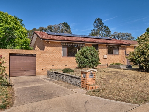 18 McCarthy Place Charnwood, ACT 2615